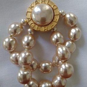 Karl Lagerfeld vintage pearl bracelet